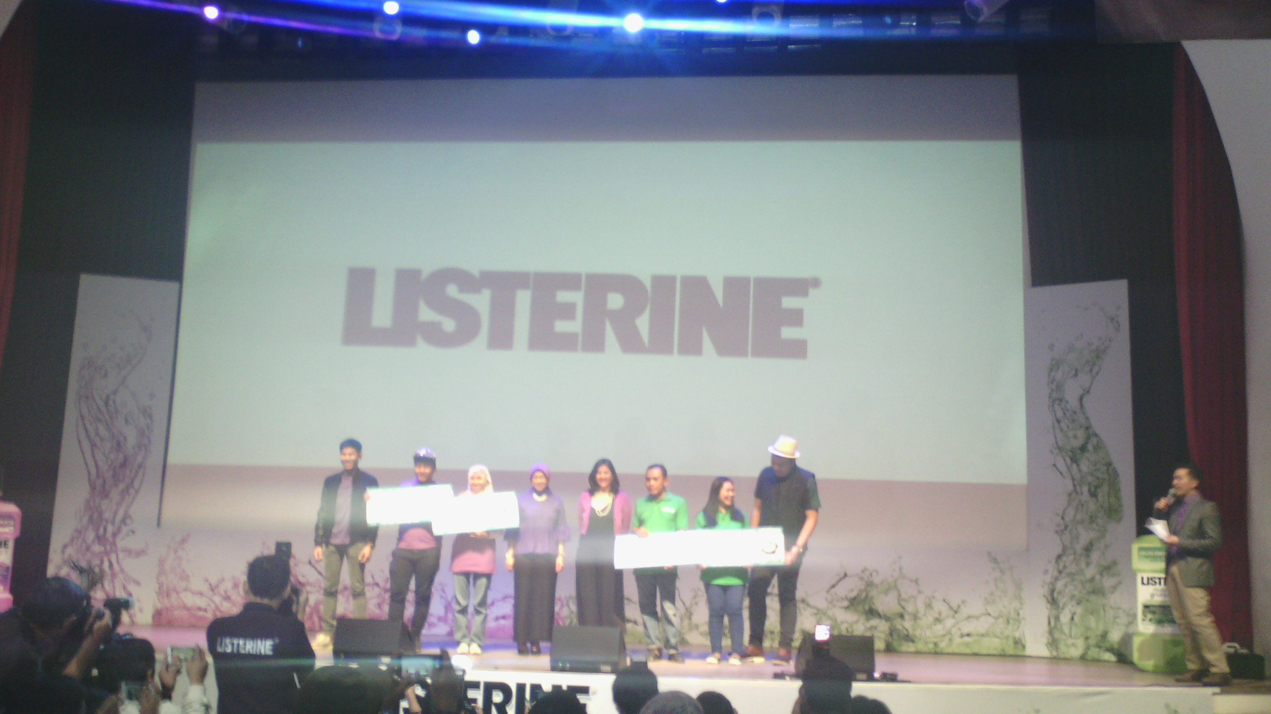 Listerine Kampanye Gunakan Obat Kumur Usai Sikat Gigi