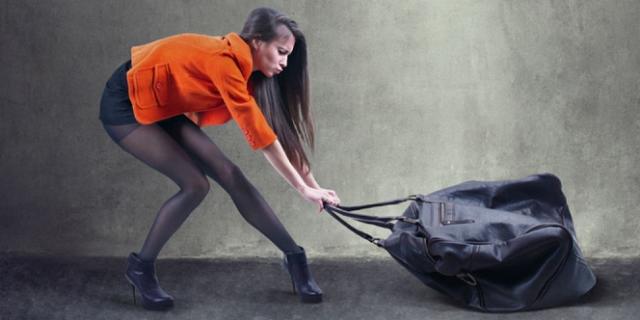 5 Cara Hindari Sakit Saat Menggendong Tas