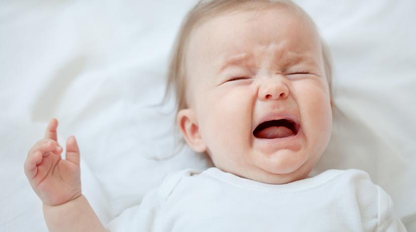 Cara Menenangkan Bayi Menangis di Usia 3 Bulan